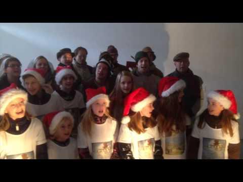 "A Christmas Carol - Scrooge: ""Hoor de klokken"". STEMP"