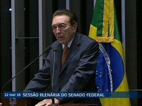 Édison Lobão informa voto pela admissibilidade do processo de investigação de denúncias contra Dilma