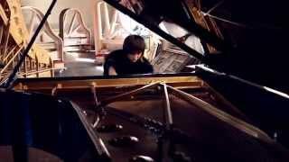 """Юджа Ванг (Yuja Wang). Испытание рояля """"Steinway & Sons"""". Токката ре минор, С. С. Прокофьев"""