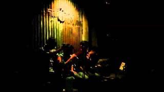 TonCafe - Bước Chân Lẻ Loi  (Acoustic Cover)