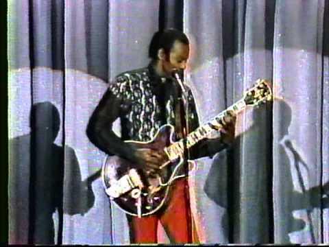 Chuck Berry - Johnny Carson Show 1989
