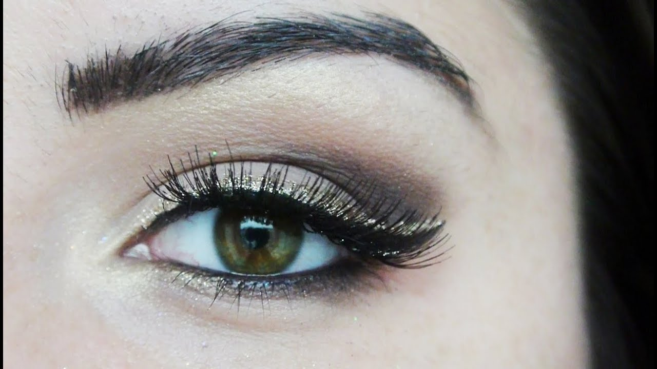 Double Winged Gold Glitter Eyeliner Holiday Make Up