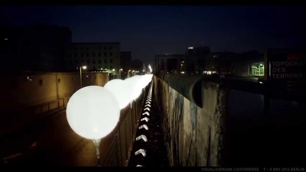 Die Lichtgrenze 25 Jahre Mauerfall Riesige Lichtinstallation In Berlin Berlinmagazine