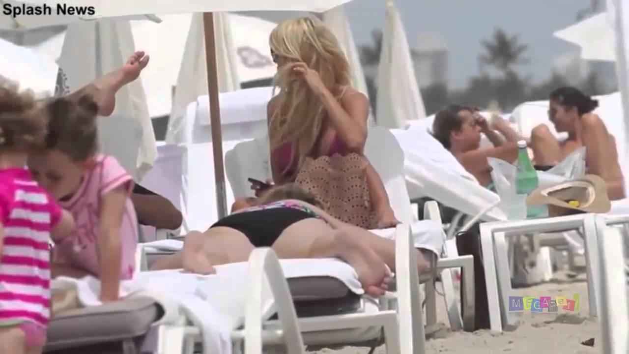 21d7e3978 Victoria Silvstedt shows bikini body ready in St Barts. Feb 2015 [Paparazzi  Video] - YouTube