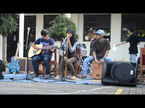 Secondhand Serenade - Fall For You (Acoustic) LIVE in smkn 5 Tangerang