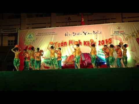 Múa Khmer - Đội văn nghệ trường - Xuân Minh Khai 2015