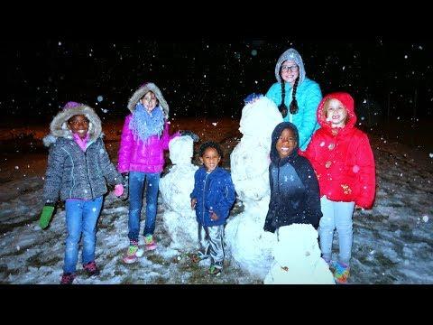 Snowing in Texas for Real!! Sibling Secret Santa Name Reveal!