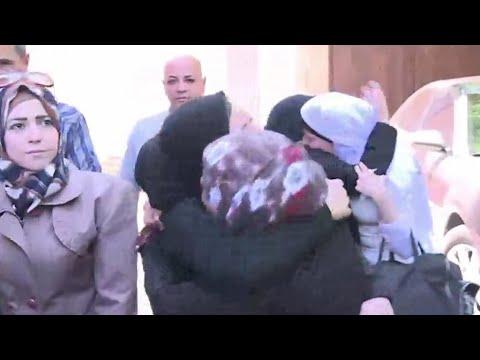 النظام السوري يفرج عن 672 معتقلا بينهم 91 امرأة على الأقل