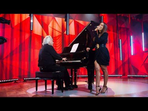 """Anitta canta """"Eu sei que vou te amar"""" com Maestro João Carlos Martins  Fantástico 17022019"""