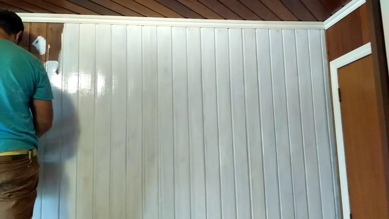 Instala o de papel de parede na parede de madeira 2 youtube - Papel para revestir paredes ...