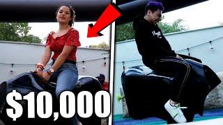 ¡QUIÉN DURE MÁS TIEMPO arriba del TORO MECÁNICO GANA $10,000! Ft. Barbie, Josué, Fer etc. *épico*