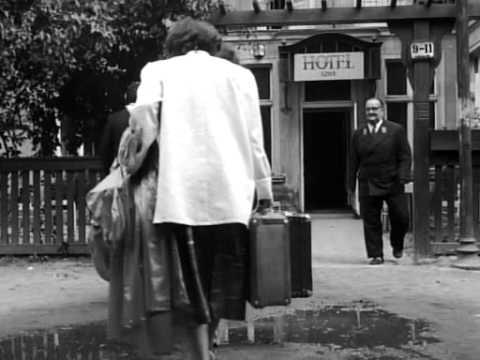Two Men and a Wardrobe / DWAJ LUDZIE Z SZAFA (Roman Polanski, 1958)