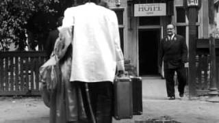 Two Men and a Wardrobe / DWAJ LUDZIE Z SZAFA (Roman Polanski, 1958)