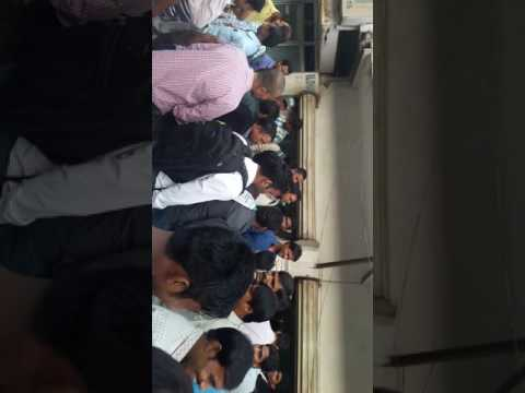 Delhi Tehran international  rajagarden mai  admi no bulked bales bhej date hai