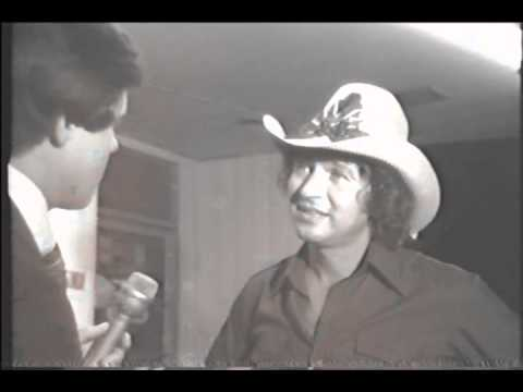 Ben McCain interviews legendary songwriter Mac Davis