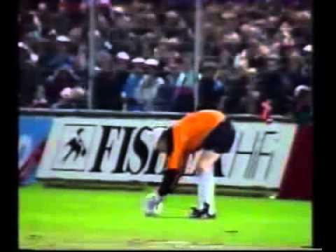 1990.10.10.Denmark v Faroe Islands 4-1 (Highlights)