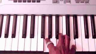 "How to Play ""There Goes My Baby"" on Piano by Usher"