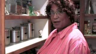 Karen's Country Cakes - Madea's Peach Cobbler
