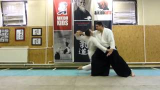 ryotedori tenchinage [TUTORIAL] Aikido empty hand basic technique