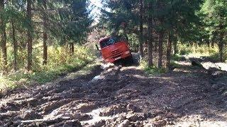 Truck Kamaz 6X6 runs hard mud off-road   ����� 6�6 ������� ����������