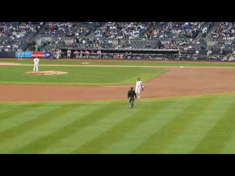 New York Yankees: Roll Call - Derek Jeter Jersey Retirement Night