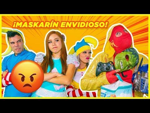Maskarin Envidioso Con Sus Juguetes / Manito Y Maskarin
