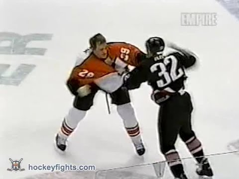 Rob Ray vs Todd Fedoruk Jan 7, 2003