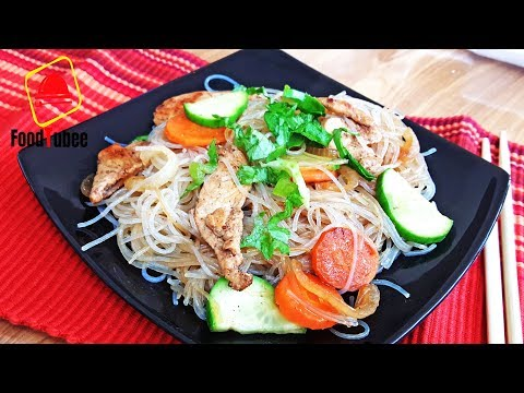 Funchoza With Chicken And Vegetables In Soy Sauce