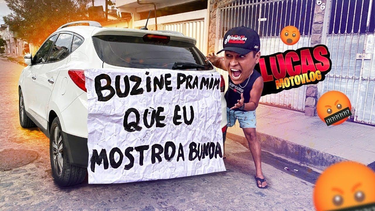 """COLEI A FRASE """"BUZINE PRA MIM QUE EU MOSTRO A BUND@"""" NO CARRO DE LUCAS MOTOVLOG"""