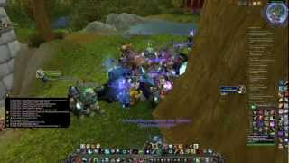 Midnight launch of mists of pandaria party at pet battles trainer on argent dawn