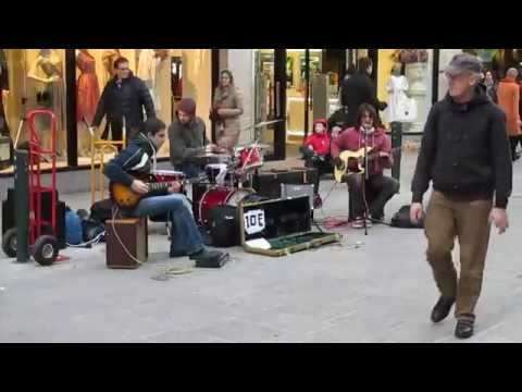 Led Zeppelin covers played in Dublin streets on march 14th 2014