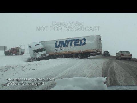 Near Blizzard Conditions in Bloomington, IL - 11/21/2015