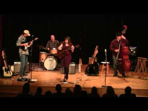 Jo Serrapere ; Gotham Hotel, At The Kettle Concert