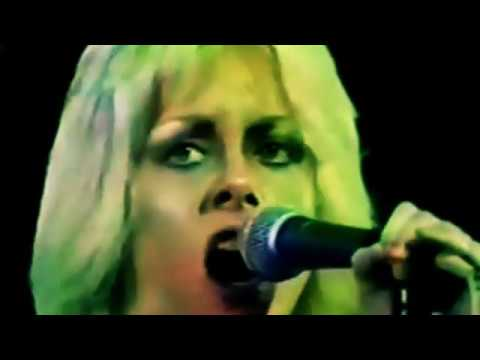 The Runaways - Queens Of Noise - HD Video Remaster