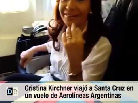 Cristina Kirchner viajó en clase turista: No pude ver nada de la asunción de Macri