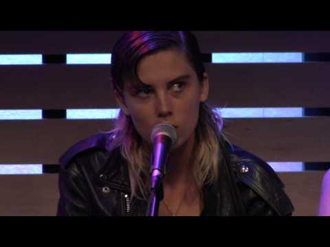 Wolf Alice - Don't Delete The Kisses [Live In The Sound Lounge]