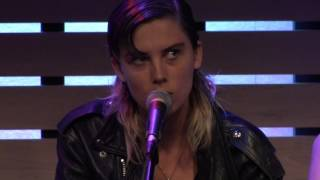 Baixar Wolf Alice - Don't Delete The Kisses [Live In The Sound Lounge]
