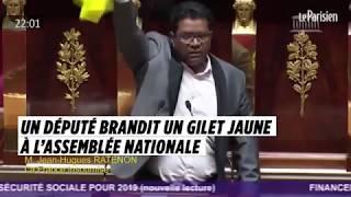 Un député de La Réunion brandit un gilet jaune à l'Assemblée nationale