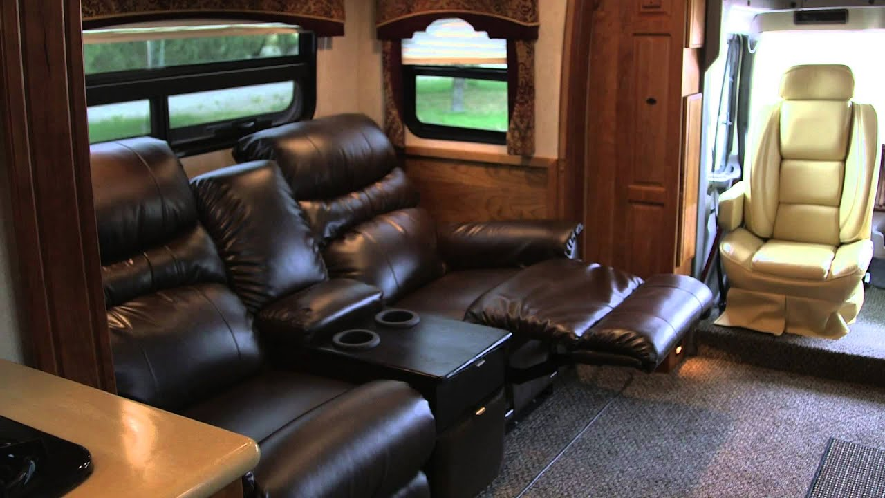 Sold Iws Motor Coaches 2009 Dynamax Dynaquest 34 Xl