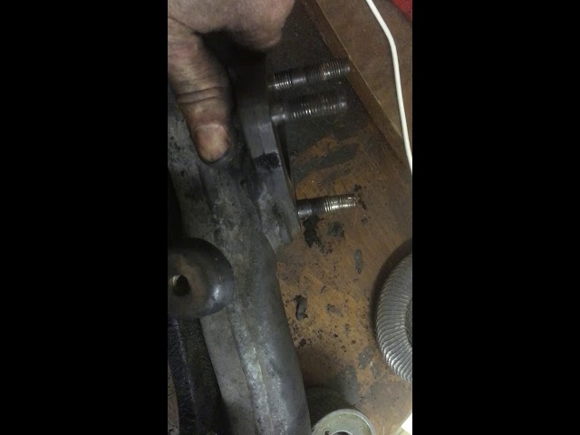 how to replace cracked exhaust manifold