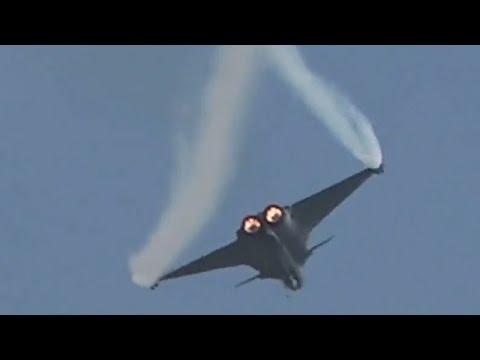Dassault Rafale   MOST BRUTAL JET DISPLAY EVER rafale BILLEGŐ EGYENSÚLY: Mégis a Rafale, és nem az F-16, de vajon miért? hqdefault