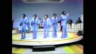 The Spinners - How Could I Let You Get Away - Live 1976