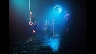 """""""Морето и Луната"""" - """"The Sea and the Moon"""" - OFFICIAL MUSIC VIDEO"""