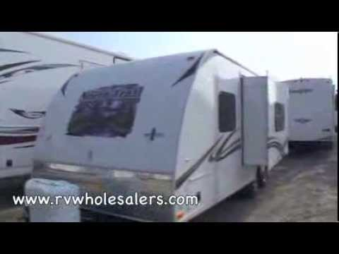 2011-north-trail-21fbs-travel-trailer-camper-at-rvwholesalers.com-234582---pebble