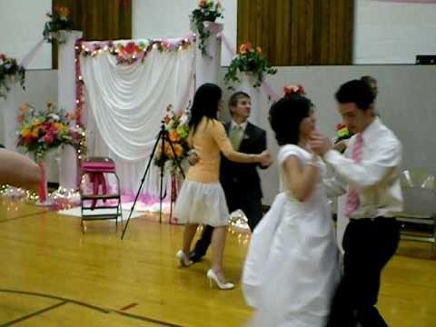 Idaho Groom falls head over heals for bridesmaid.