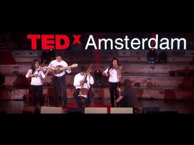 The world sends us garbage, we send back music: Favio Chavez at TEDxAmsterdam