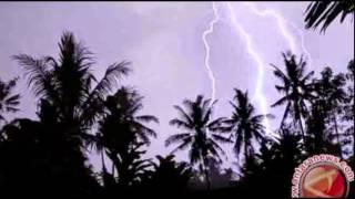 BMKG: Hujan Lebat Disertai Angin Kencang Bergeser ke Jawa Timur