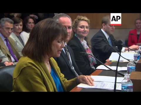 Actress Valerie Harper testified before the Senate Special Committee on Aging about her battle with