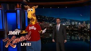 Geoffrey The Giraffe Despondent Over Toys 'r' Us Closing