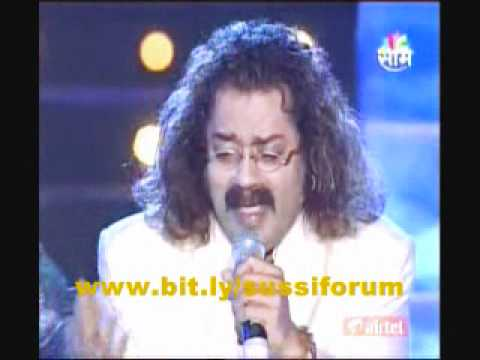Shreya ghoshal ,Hariharan performing Jogwa song Jeev Dangla at AjayAtul concert